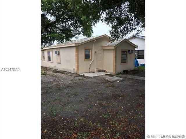 109 NW 6th Ave, Dania Beach, FL 33004 (MLS #A10455322) :: Hergenrother Realty Group Miami