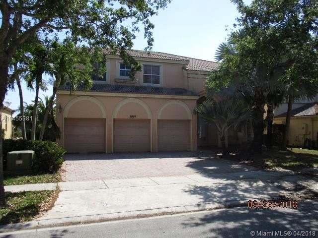 5007 SW 167th Ave, Miramar, FL 33027 (MLS #A10455381) :: Green Realty Properties