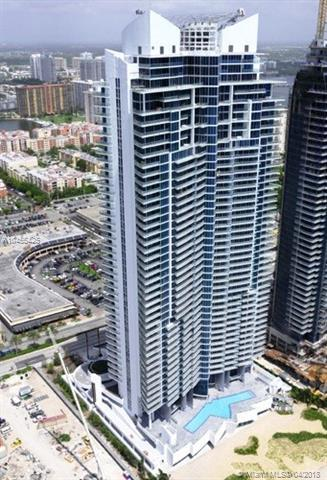 17001 Collins Ave #4005, Sunny Isles Beach, FL 33160 (MLS #A10455425) :: Hergenrother Realty Group Miami