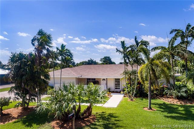 7600 SW 107th St, Pinecrest, FL 33156 (MLS #A10455440) :: Hergenrother Realty Group Miami