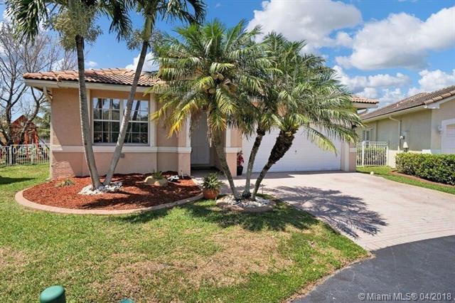 2906 SW 137th Ave, Miramar, FL 33027 (MLS #A10455454) :: Green Realty Properties