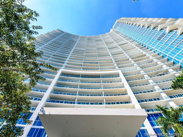 2020 N Bayshore Dr #1103, Miami, FL 33137 (MLS #A10455542) :: Hergenrother Realty Group Miami
