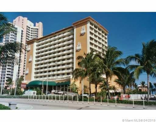 19201 Collins Ave #712, Sunny Isles Beach, FL 33160 (MLS #A10455547) :: Hergenrother Realty Group Miami