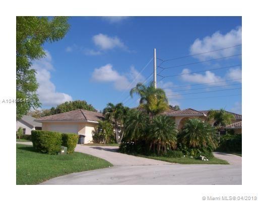 16360 SW 87th Ct, Palmetto Bay, FL 33157 (MLS #A10455645) :: Carole Smith Real Estate Team