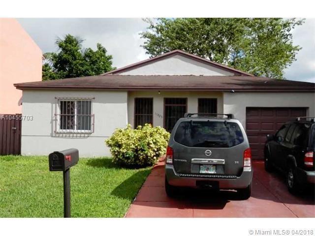 11825 SW 273rd Ln, Homestead, FL 33032 (MLS #A10455703) :: Stanley Rosen Group