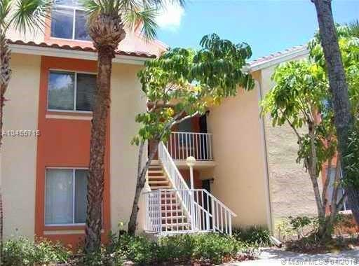 1054 The Pointe Dr #1054, West Palm Beach, FL 33409 (MLS #A10455715) :: The Pearl Realty Group