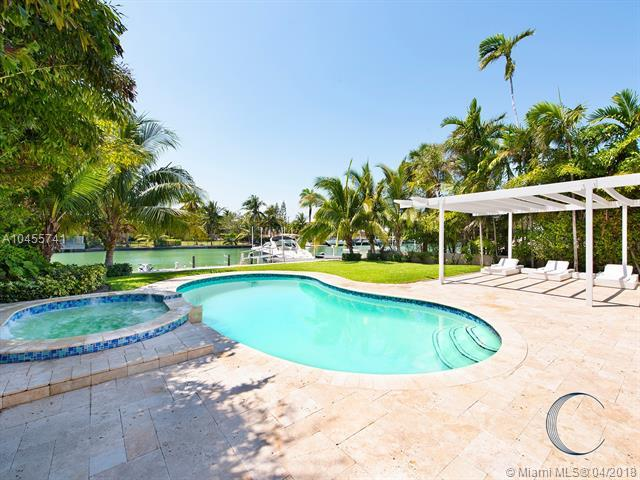 4488 Prairie Ave, Miami Beach, FL 33140 (MLS #A10455741) :: Prestige Realty Group