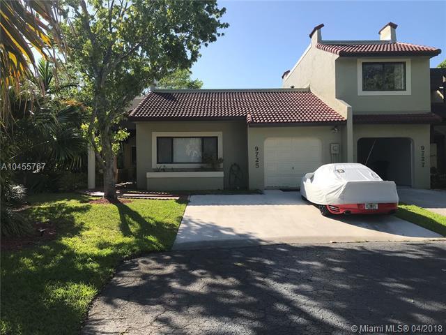 9725 Costa Del Sol Blvd A-101, Doral, FL 33178 (MLS #A10455767) :: Calibre International Realty