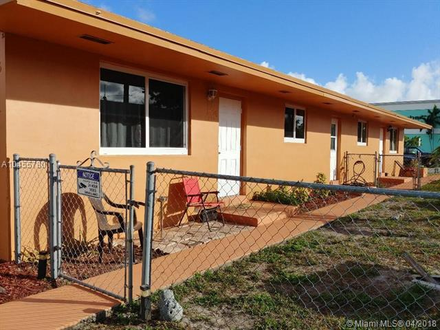 334 SW 16th St, Dania Beach, FL 33004 (MLS #A10455780) :: Stanley Rosen Group