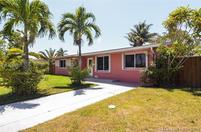 9760 Memorial Rd, Cutler Bay, FL 33157 (MLS #A10455988) :: Stanley Rosen Group