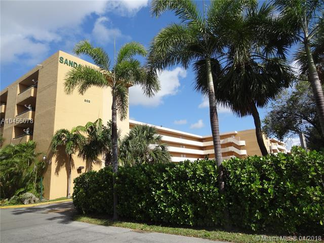 854 NW 87th Ave #504, Miami, FL 33172 (MLS #A10456078) :: Green Realty Properties