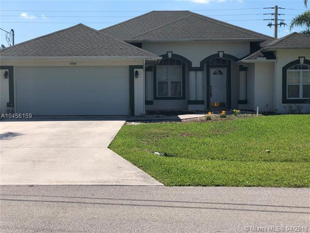 5738 NW Jigsaw Ln, Port St. Lucie, FL 34986 (MLS #A10456159) :: The Teri Arbogast Team at Keller Williams Partners SW