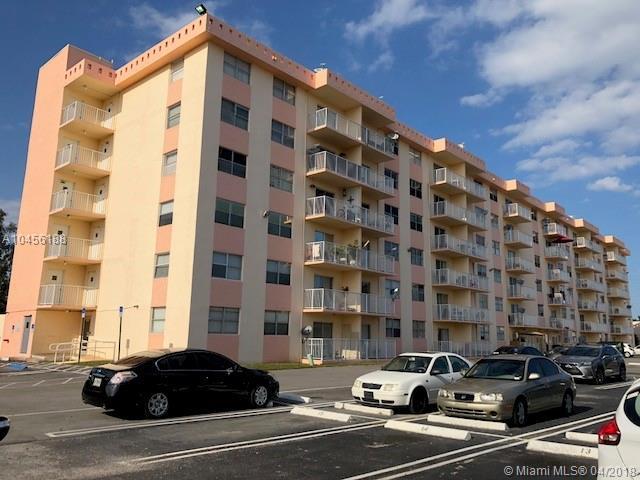16465 NE 22nd Ave #619, North Miami Beach, FL 33160 (MLS #A10456188) :: Stanley Rosen Group