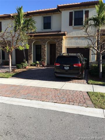 11340 SW 233rd St, Homestead, FL 33032 (MLS #A10456228) :: Stanley Rosen Group