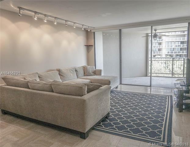 2901 S Bayshore Dr 6H, Coconut Grove, FL 33133 (MLS #A10456231) :: Carole Smith Real Estate Team