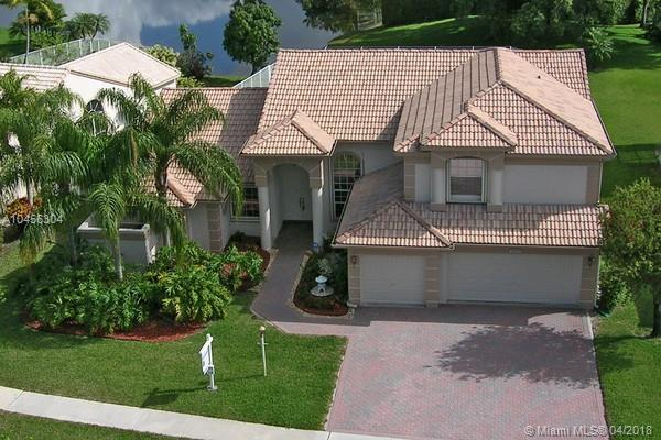 4025 Augusta Ave, Cooper City, FL 33026 (MLS #A10456304) :: The Teri Arbogast Team at Keller Williams Partners SW
