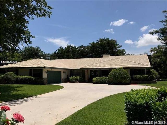 6501 Arlington Ln, Parkland, FL 33067 (MLS #A10456324) :: Green Realty Properties