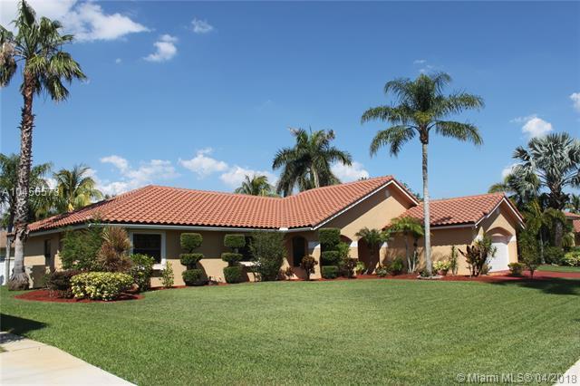 20261 NW 7th Street, Pembroke Pines, FL 33029 (MLS #A10456573) :: Stanley Rosen Group