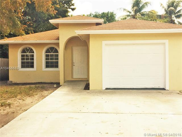 2920 NW 8th St, Fort Lauderdale, FL 33311 (MLS #A10456683) :: Jamie Seneca & Associates Real Estate Team