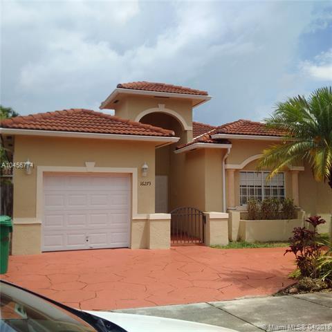 16273 SW 54th Ter, Miami, FL 33185 (MLS #A10456774) :: Stanley Rosen Group