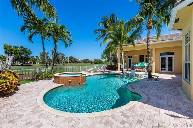 610 W Enclave Cir W, Pembroke Pines, FL 33027 (MLS #A10456928) :: Stanley Rosen Group