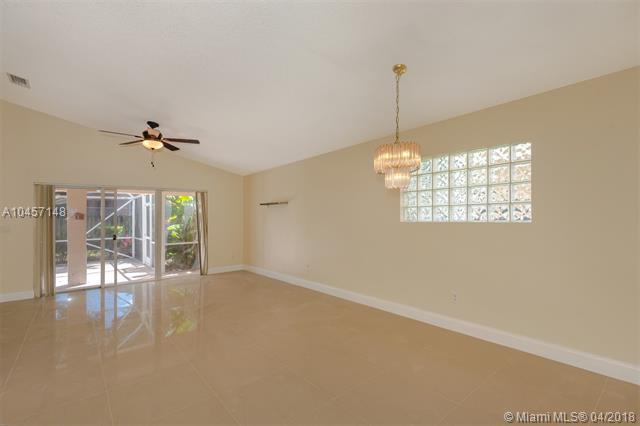 17022 NW 12th St, Pembroke Pines, FL 33028 (MLS #A10457148) :: Carole Smith Real Estate Team