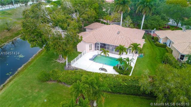 2150 Warwick Hills Way, Coral Springs, FL 33071 (MLS #A10457434) :: Stanley Rosen Group