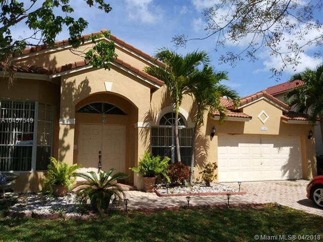 1101 NW 184th Ter, Pembroke Pines, FL 33029 (MLS #A10457549) :: Stanley Rosen Group