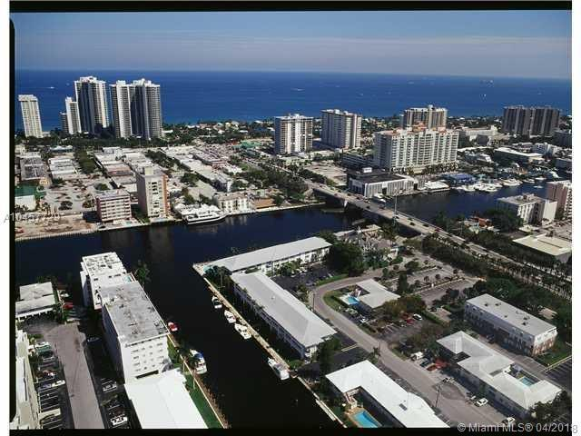 2895 NE 32nd Street #310, Fort Lauderdale, FL 33306 (MLS #A10457729) :: Stanley Rosen Group