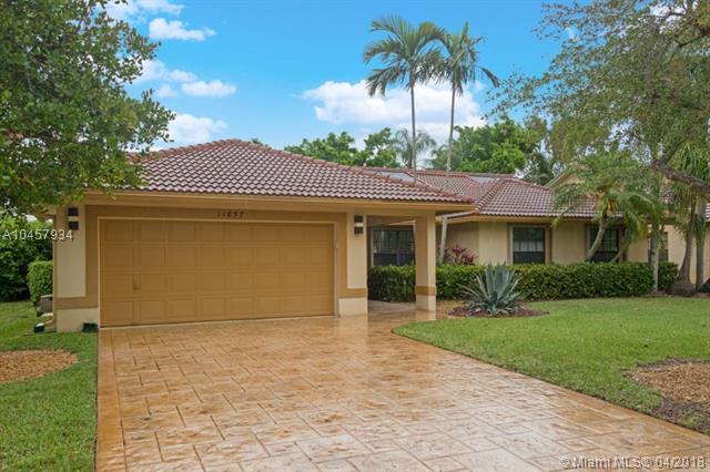 11857 NW 2nd Mnr, Coral Springs, FL 33071 (MLS #A10457934) :: Stanley Rosen Group