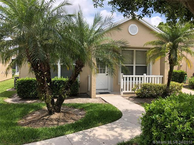 535 NW San Remo Cir, Port St. Lucie, FL 34986 (MLS #A10458104) :: Green Realty Properties