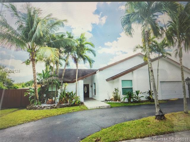 13250 SW 96 St, Miami, FL 33186 (MLS #A10458128) :: Green Realty Properties