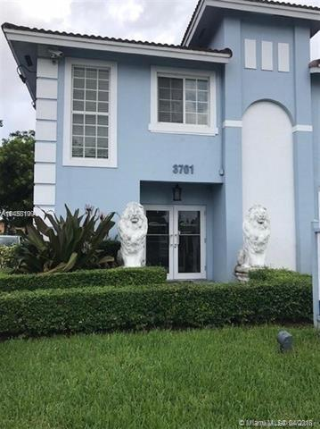 3701 SW 87th Ave, Miami, FL 33165 (MLS #A10458199) :: The Riley Smith Group