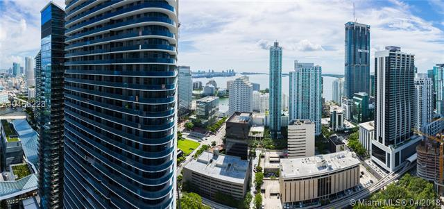45 SW 9th St #4001, Miami, FL 33130 (MLS #A10458228) :: The Riley Smith Group