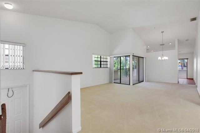 3520 Magellan Cir #732, Aventura, FL 33180 (MLS #A10458362) :: Green Realty Properties