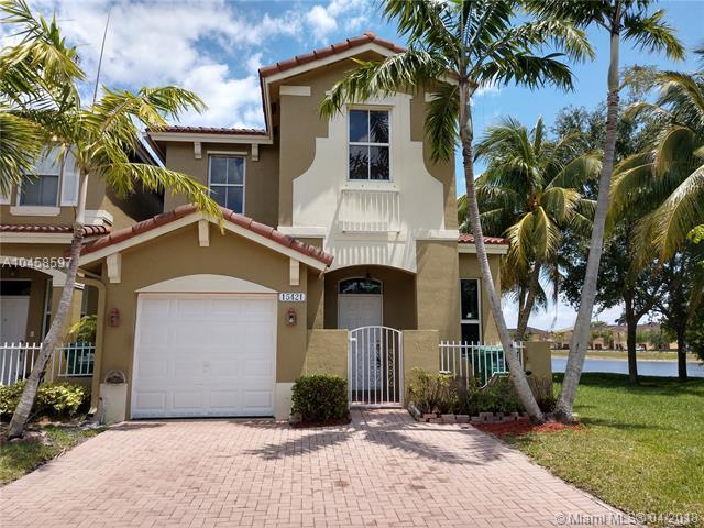 15421 SW 9th Ter, Miami, FL 33194 (MLS #A10458597) :: Prestige Realty Group