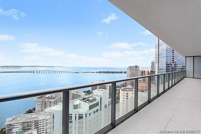 1300 Brickell Bay Dr #3803, Miami, FL 33131 (MLS #A10459209) :: Prestige Realty Group