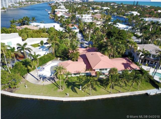 296 S Parkway, Golden Beach, FL 33160 (MLS #A10460049) :: Keller Williams Elite Properties