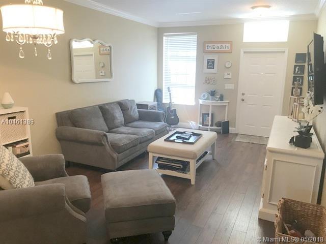 310 Spruce, Boynton Beach, FL 33426 (MLS #A10461389) :: Green Realty Properties