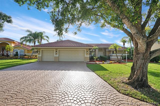 5015 NW 104th Way, Coral Springs, FL 33076 (MLS #A10462741) :: The Teri Arbogast Team at Keller Williams Partners SW