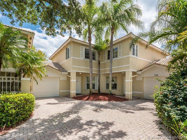 2267 NW 170th Ave, Pembroke Pines, FL 33028 (MLS #A10463045) :: Stanley Rosen Group