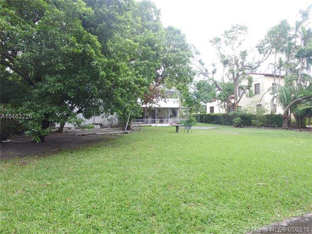 3540 Pine Tree Dr, Miami Beach, FL 33140 (MLS #A10463226) :: Calibre International Realty
