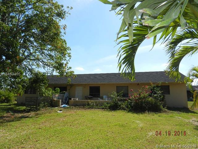 15765 SW 206th Ave, Miami, FL 33187 (MLS #A10463405) :: Stanley Rosen Group