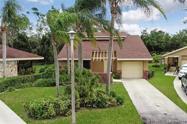 2403 Episa Ave, Coconut Creek, FL 33063 (MLS #A10463851) :: Green Realty Properties