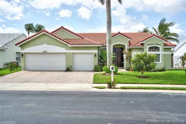10242 Allamanda Cir, Palm Beach Gardens, FL 33410 (MLS #A10464541) :: Green Realty Properties