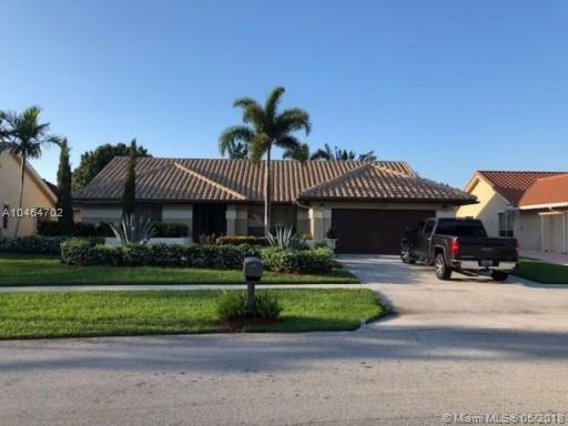 9553 Majestic Way, Boynton Beach, FL 33437 (MLS #A10464702) :: Stanley Rosen Group
