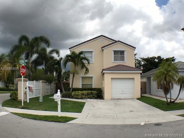 6245 Seminole Ter, Margate, FL 33063 (MLS #A10465691) :: Calibre International Realty