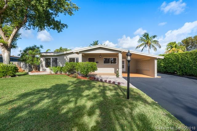 3941 NE 16th Ter, Oakland Park, FL 33334 (MLS #A10466058) :: The Teri Arbogast Team at Keller Williams Partners SW