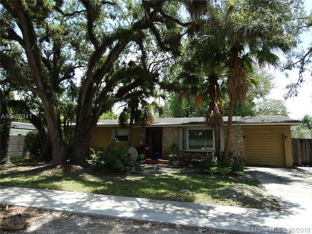 6480 Sunset Dr, South Miami, FL 33143 (MLS #A10466341) :: The Riley Smith Group