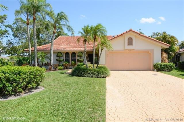 4207 NW 70th Ln, Coral Springs, FL 33065 (MLS #A10466821) :: Stanley Rosen Group
